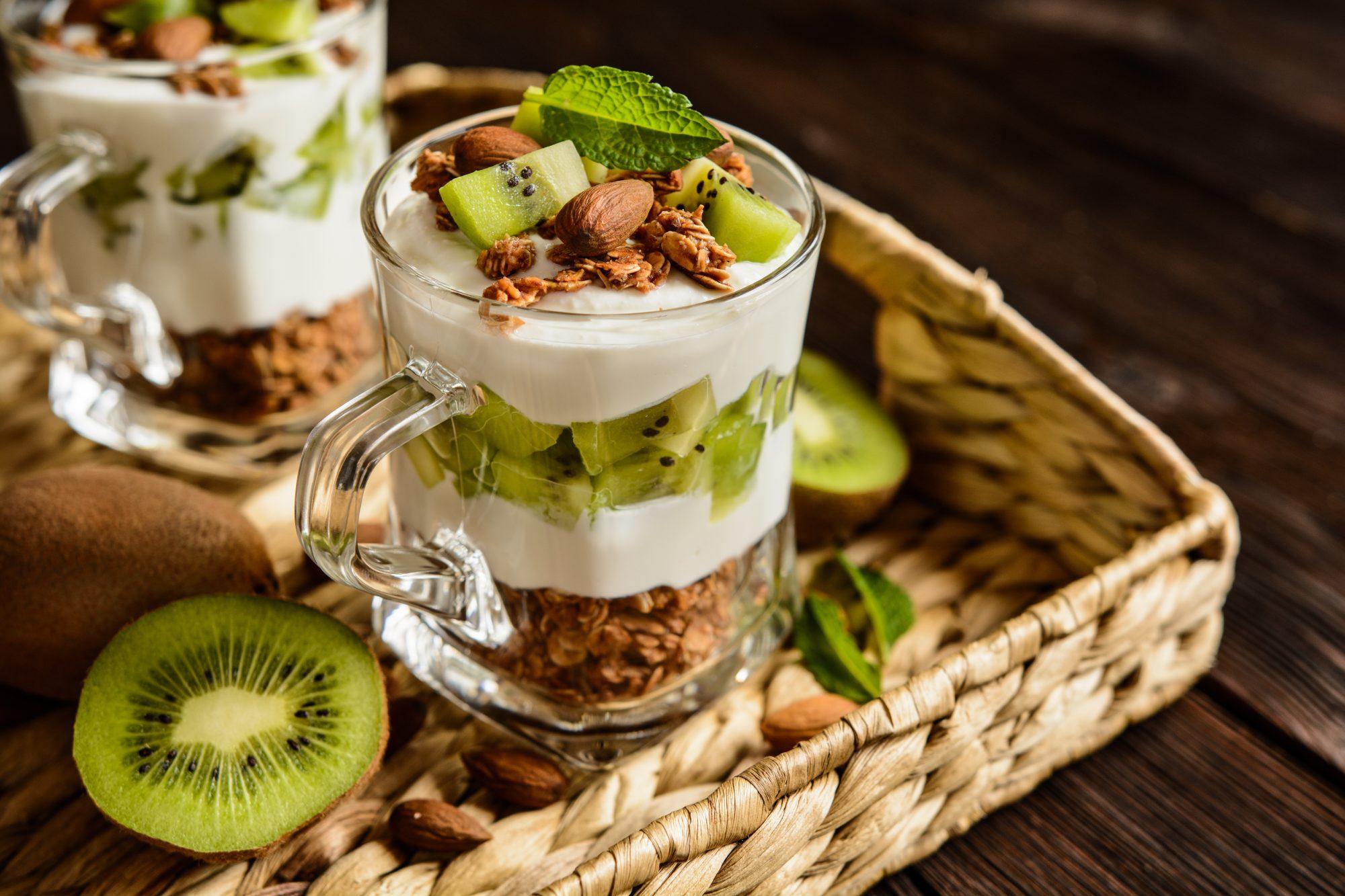 yaourt-granola-kiwi-healthy