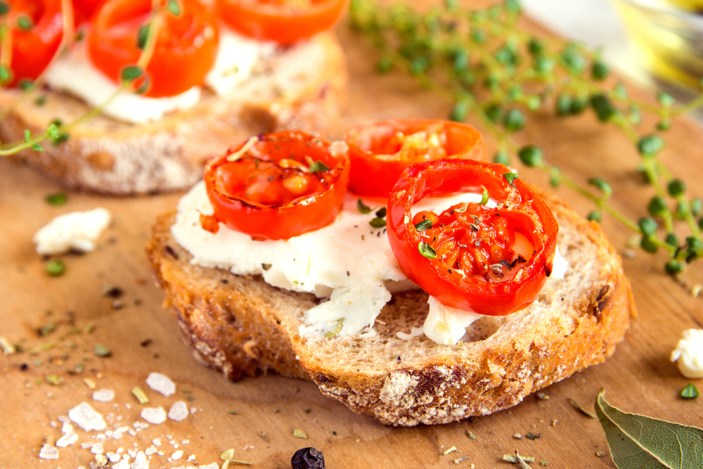 Toast chèvre et tomates